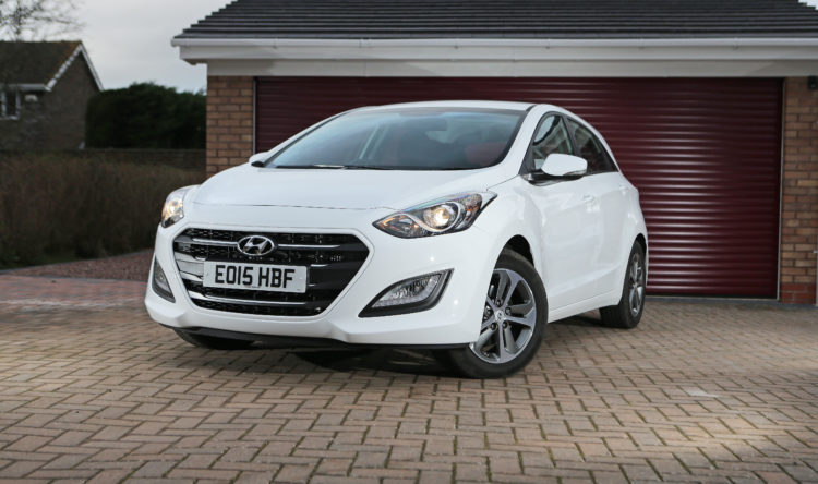 https://www.intelligentinstructor.co.uk/wp-content/uploads/2016/04/Hyundai_i30_ID157868.jpg