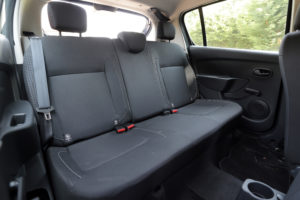 Sandero backseats