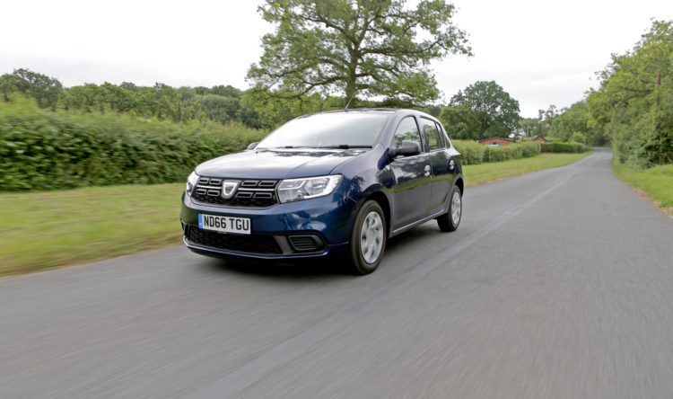 https://www.intelligentinstructor.co.uk/wp-content/uploads/2017/08/Dacia_Sandero__ID168101.jpg