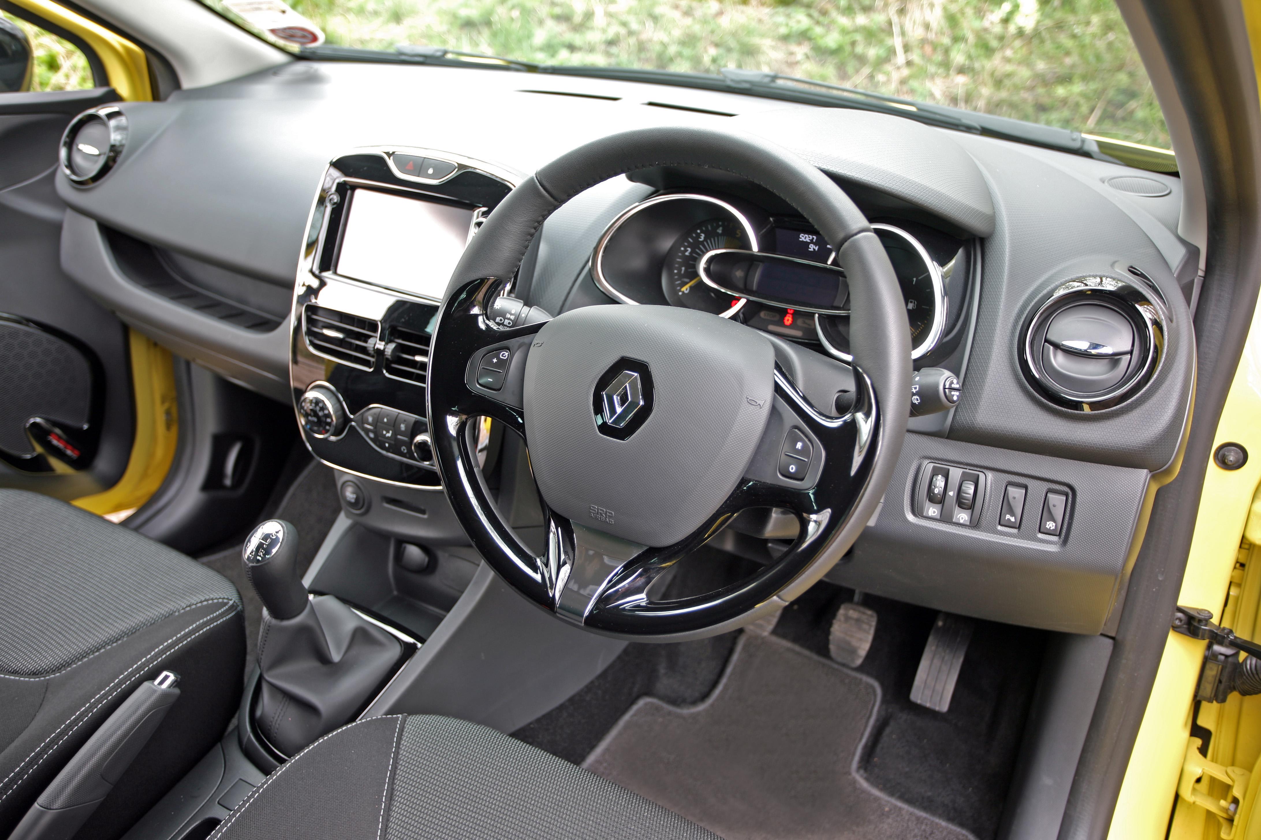 Renault Clio Intelligent Instructor Intelligent Instructor