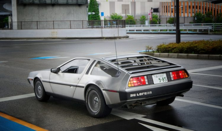 https://www.intelligentinstructor.co.uk/wp-content/uploads/2019/01/delorean.jpg