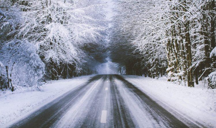 https://www.intelligentinstructor.co.uk/wp-content/uploads/2019/02/snowy-road.jpg
