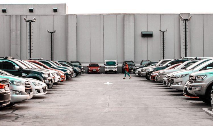 https://www.intelligentinstructor.co.uk/wp-content/uploads/2019/03/parking-2.jpg