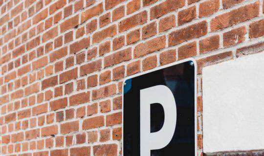 https://www.intelligentinstructor.co.uk/wp-content/uploads/2019/03/parking-sign.jpg