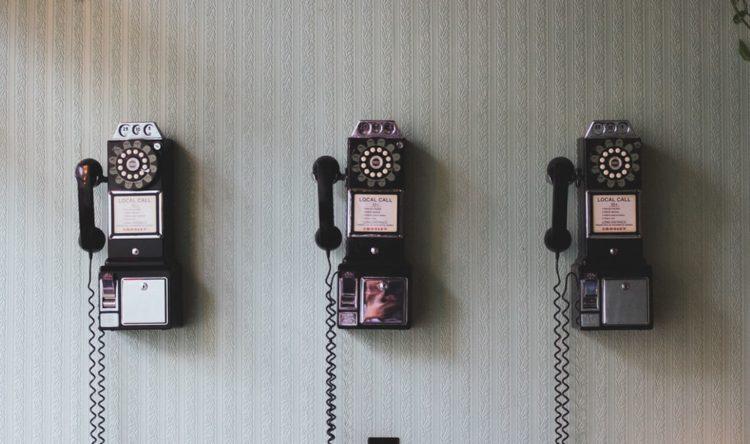 https://www.intelligentinstructor.co.uk/wp-content/uploads/2019/07/phones.jpg