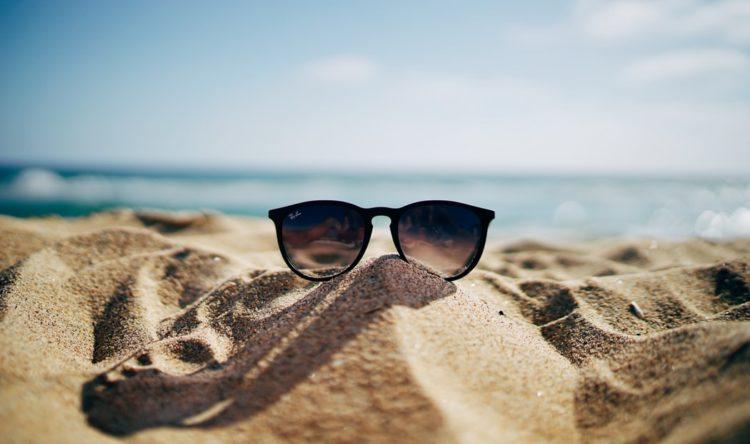 https://www.intelligentinstructor.co.uk/wp-content/uploads/2019/07/sunglasses.jpg
